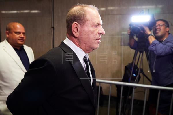 Aumentan la fianza a Weinstein por violar términos de libertad condicional