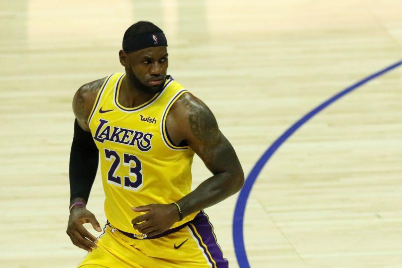 LeBron James confirma que recayó de la lesión de la ingle y tendrá que descansar