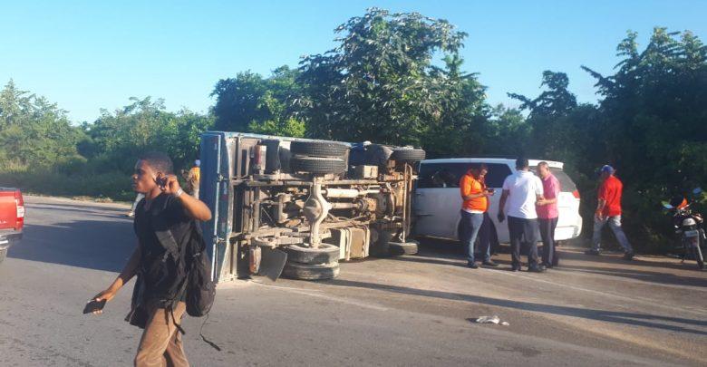 Al menos 19 heridos en accidente de tránsito en carretera Bávaro-Miches