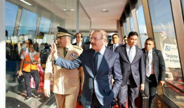 Danilo Medina regresa al país tras participar en conferencia del Cambio Climático COP25