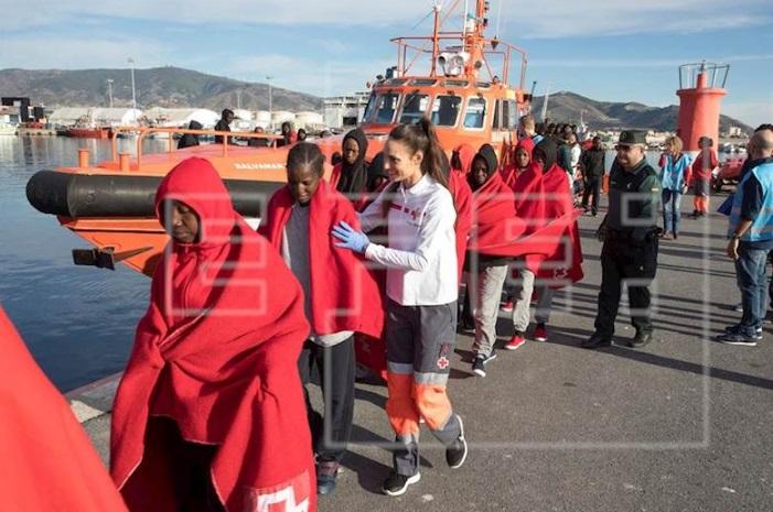Operación de Interpol contra el tráfico de inmigrantes detiene a 239 personas