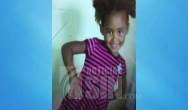 Desesperados familiares de niña de cuatro años desaparecida en Santiago