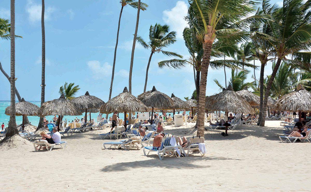 Transportistas turísticos no tienen acceso a préstamos anunciados por presidente Medina