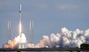 SpaceX lanza cuarto envío de 60 satélites Starlink al espacio