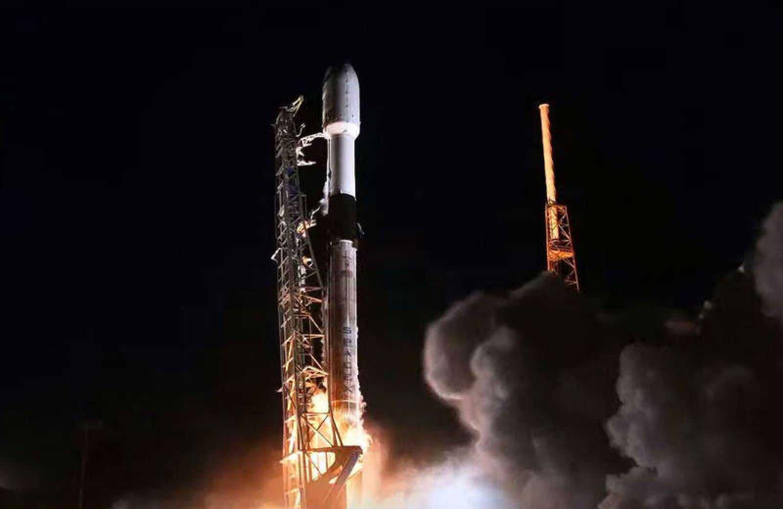 SpaceX lanza al espacio nuevos satélites para crear su propia red de internet