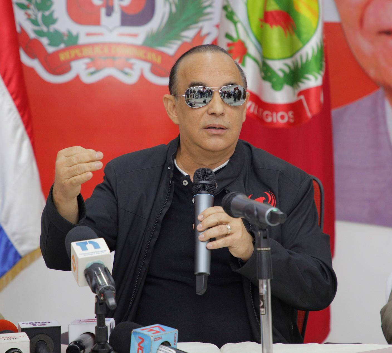 """Quique califica de """"terrorismo electoral"""" plan del gobierno despojar al PRSC de casilla 3"""