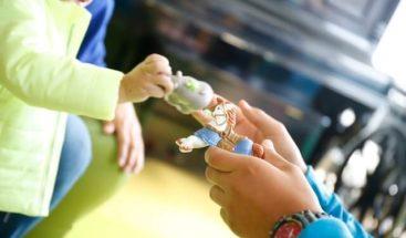 ¿Cuál es la relación que tienen los juguetes de los niños con el desarrollo de su sexualidad?