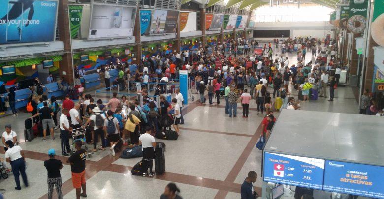 Aerodom anuncia la suspensión de 20 vuelos en el AILA