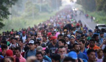 Parte de El Salvador una pequeña caravana de migrantes rumbo a EE.UU.