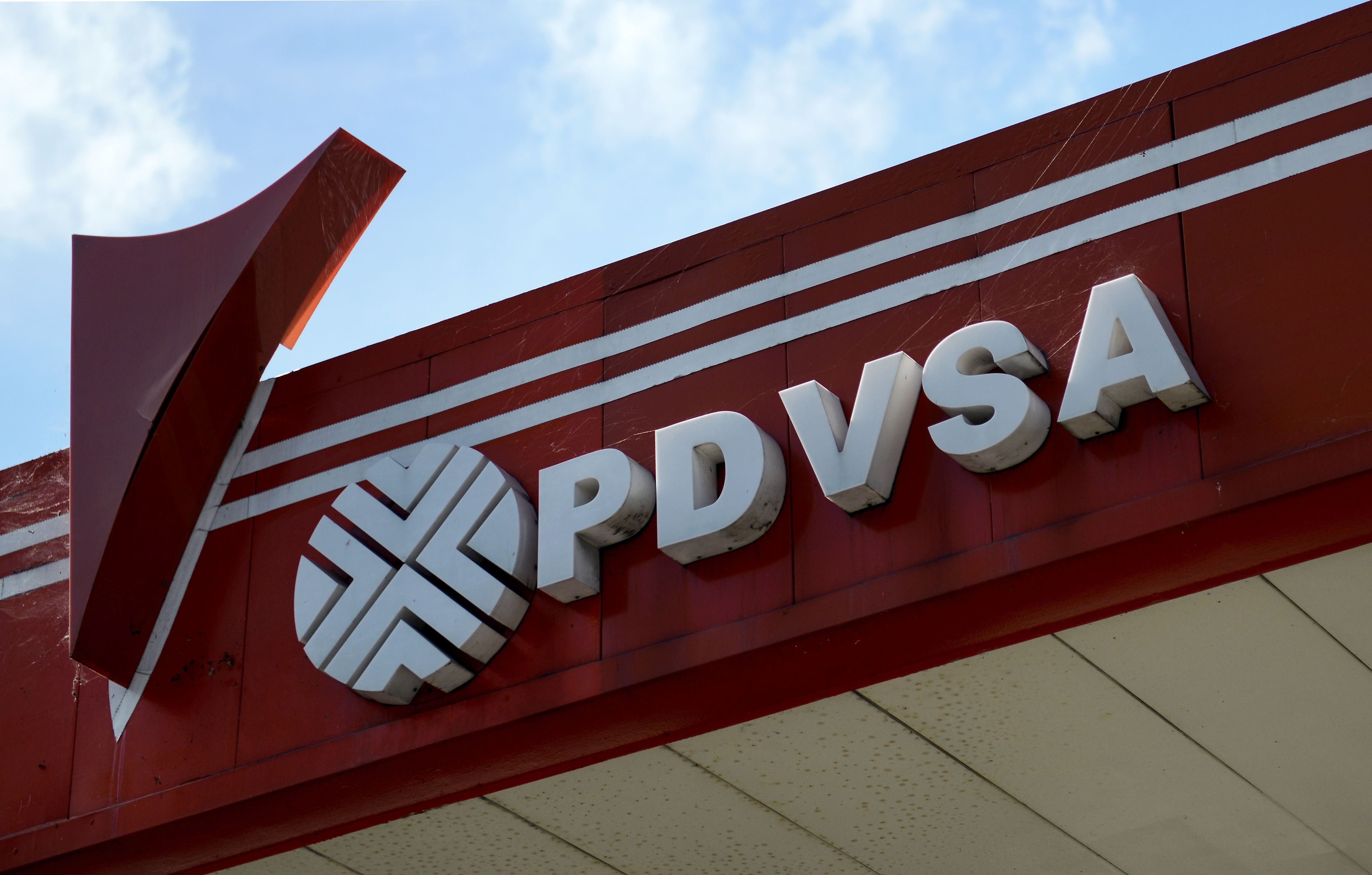 Sentencian en EEUU a empresario por sobornos a petrolera de Venezuela