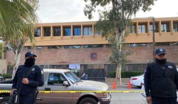 Detenido abuelo del niño que disparó y causó dos muertos en escuela de México