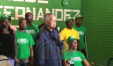 Candidato a la alcaldía por LFP denuncia adversarios destruyen su publicidad