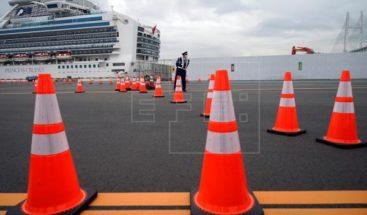 EEUU evacuará a sus ciudadanos del crucero en cuarentena en Japón