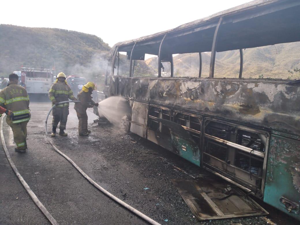 Fallecen dos personas en un accidente de tránsito en Azua