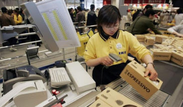 Ikea, Starbucks o Apple reabren tiendas en China por bajada en casos de virus
