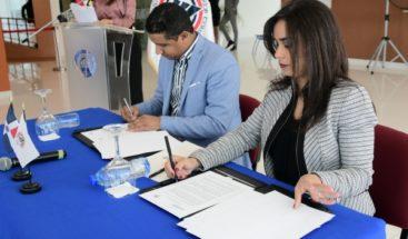 Intrant y el ITSC firman convenio para programas de educación sobre movilidad, tránsito y transporte terrestre