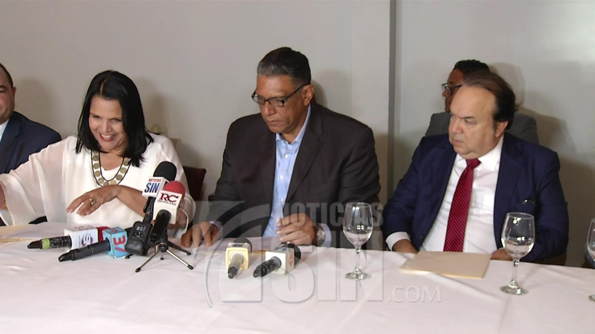 Partidos de oposición firman acuerdo por la defensa del voto en elecciones municipales
