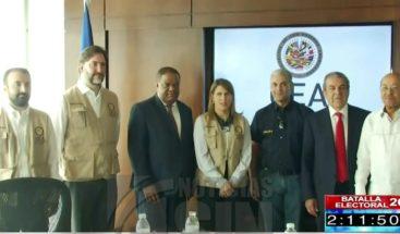 Observadores de OEA se reúnen con candidatos presidenciales