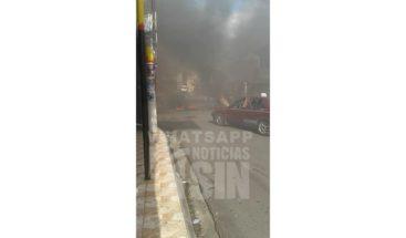 Residente en Herrera queman de gomas en demanda del arreglo de la calle