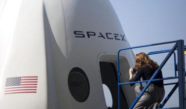 Elon Musk y Space Adventure invitan a cuatro turistas al espacio este año