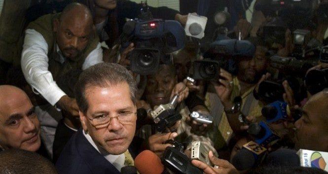 Operan de emergencias al exbanquero Ramón Báez Figueroa en la Clínica Corazones Unidos