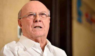 Expresidente Hipólito Mejía votó a las 7:05 AM