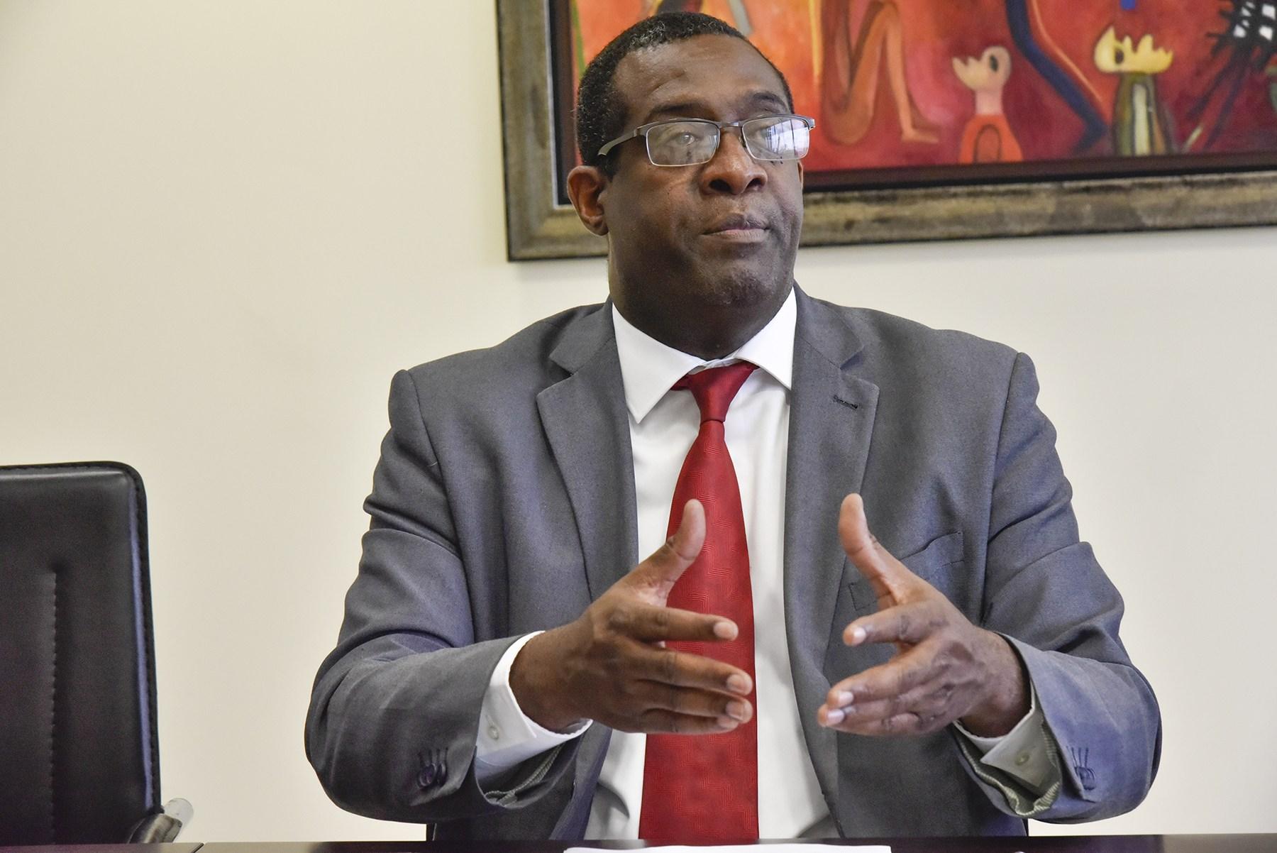 Situación política y protestas impactan negativamente economía en RD, según experto