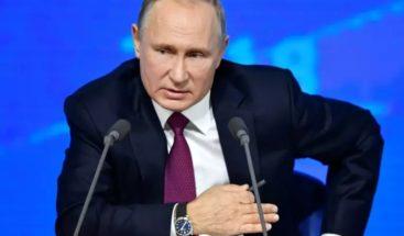 Putin: Mientras yo sea presidente, no habrá matrimonio homosexual en Rusia