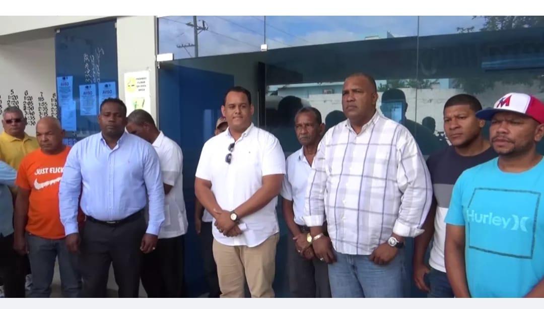 INTRANT multa por 50 mil pesos al sindicato de transporte Nagua-Santo Domingo