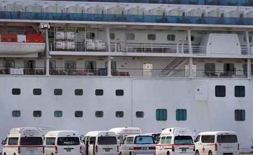 Japón reporta 44 contagios más en crucero y dejará bajar a pasajeros no infectados