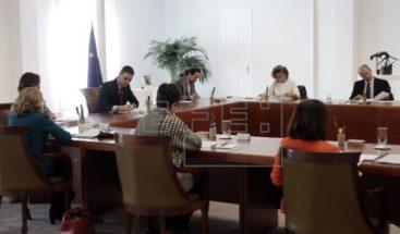Iglesia apoya medidas por COVID-19 en El Salvador, que prepara más albergues