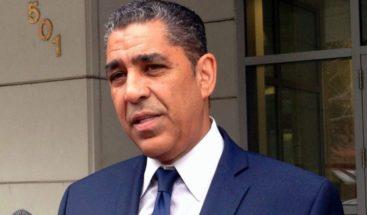 Congresista dominicano Adriano Espaillat respalda aspiraciones presidenciales Joe Biden