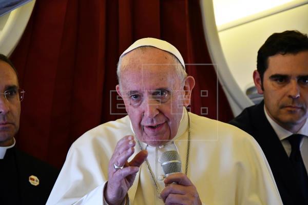 El papa pospone su encuentro con jóvenes economistas del mundo en Italia