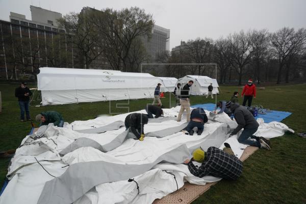 Un hospital de campaña en Central Park contra el COVID-19