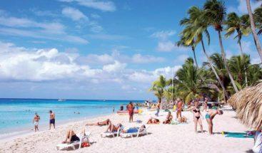 Ministro de Turismo afirma RD adopta medidas y protocolos ante apertura