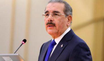 Medina felicita a Abinader por virtual victoria electoral