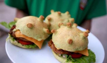 La ¨coronaburger¨ para combatir el miedo al coronavirus