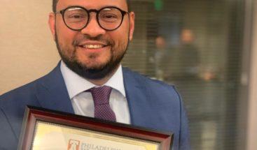 Dominicano es reconocido por la Asociación de Abogados de Filadelfia