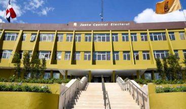 JCE continúa este lunes con el envío de las valijas electorales a todo el país