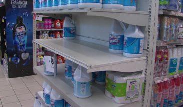 Incrementa compra de cloro, papel de baño y jabón; supermercados siguen abarrotados