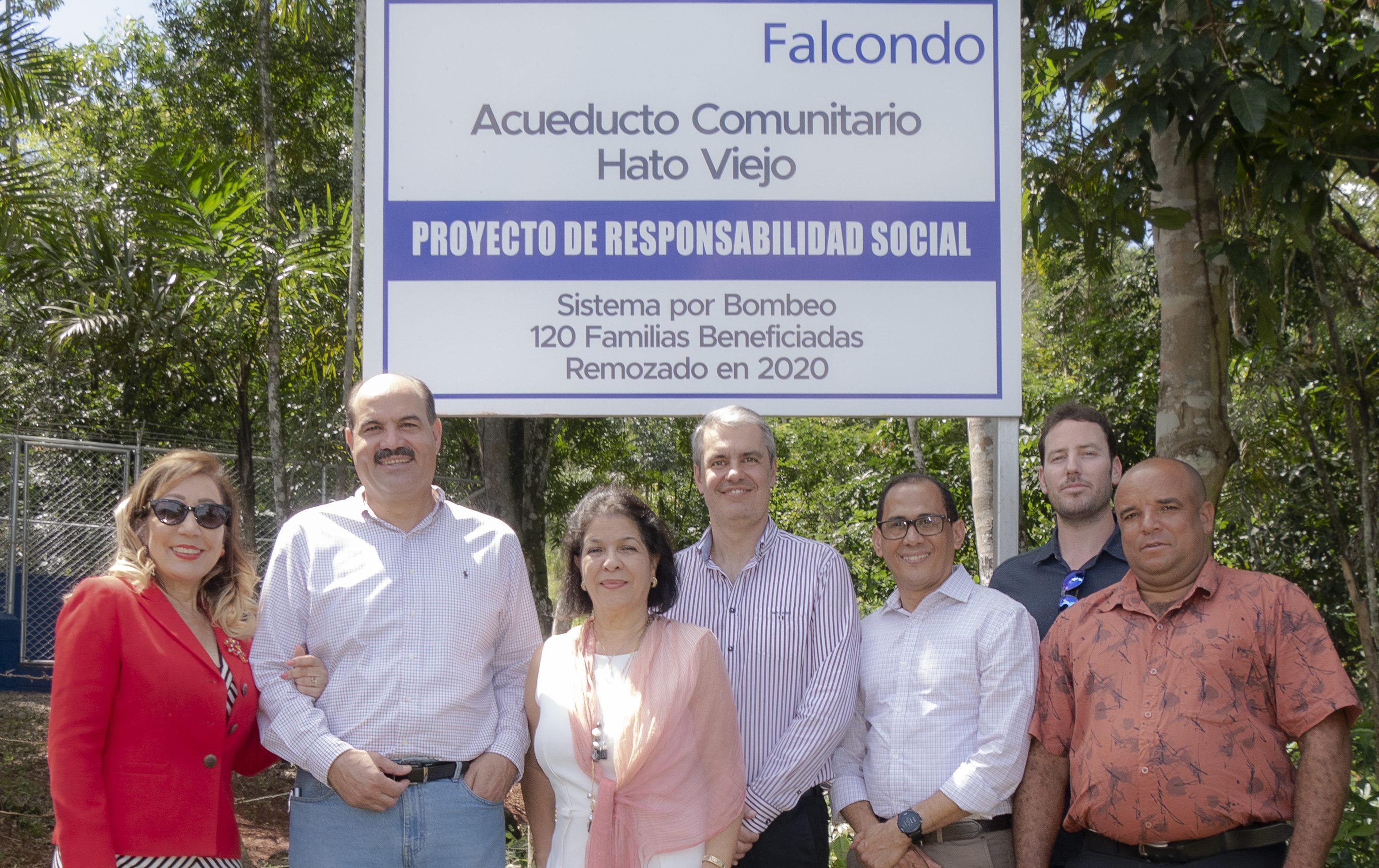 Falcondo inaugura acueducto comunitario y remoza policlínica en Hato Viejo