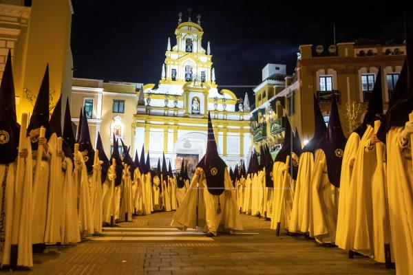 España se queda sin procesiones de Semana Santa por el coronavirus
