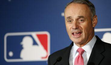 Dueños de MLB acuerdan retrasar indefinidamente el inicio de la temporada