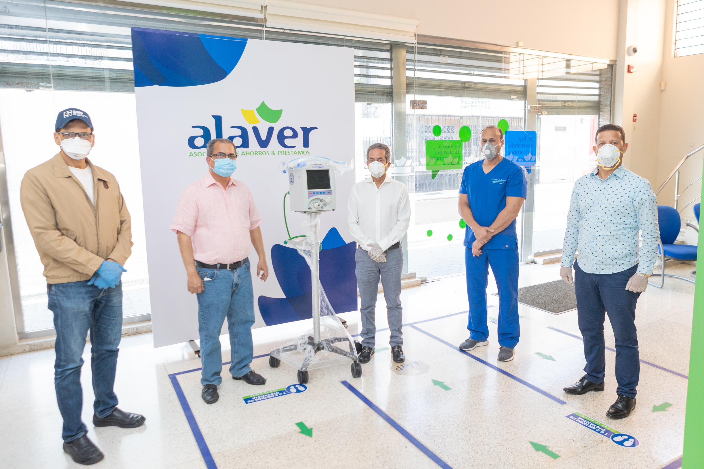 ALAVER dona ventilador al Hospital Morillo King para tratar pacientes con COVID-19