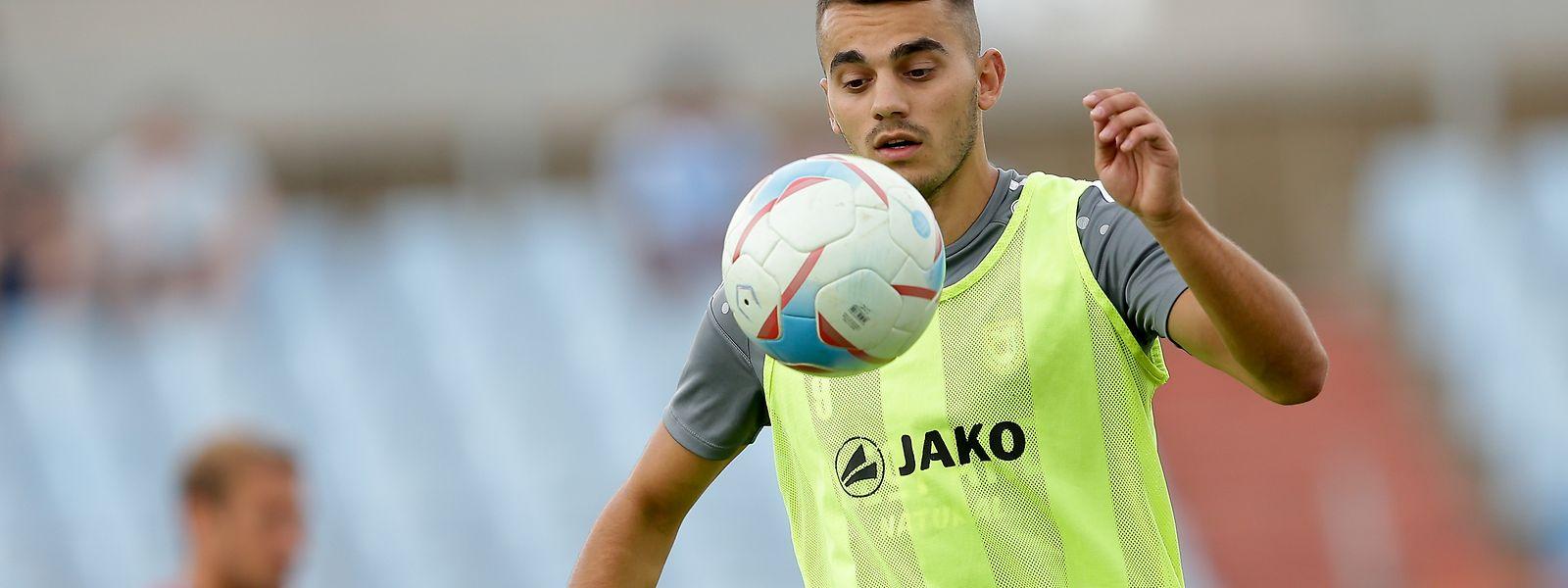 El Norwich City ficha al luxemburgués Sinani
