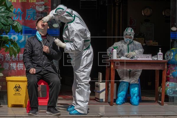 China registra 35 nuevos casos de COVID-19, todos provenientes del exterior