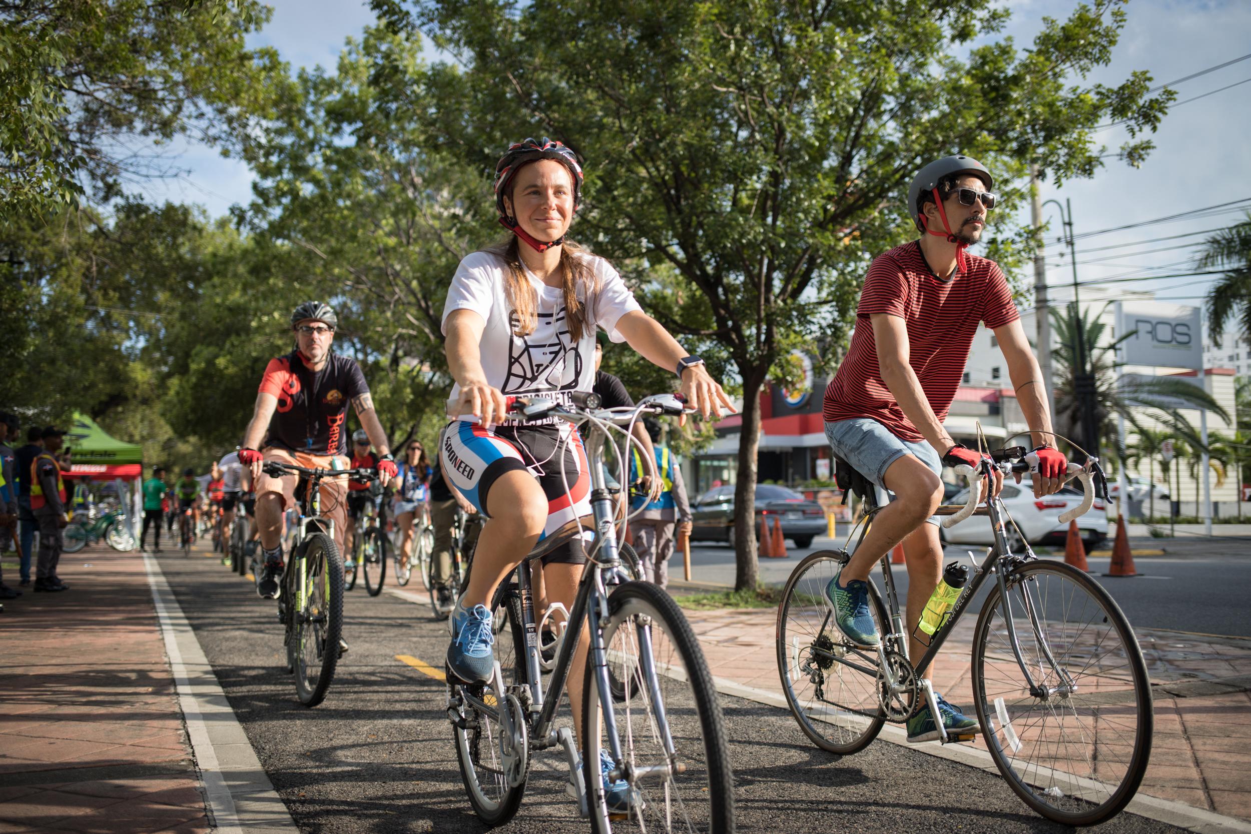 Ciclistas proponen uso de bicicletas como transporte para prevenir COVID-19