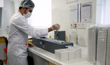 Irán inaugura una línea de producción de test de anticuerpos del coronavirus