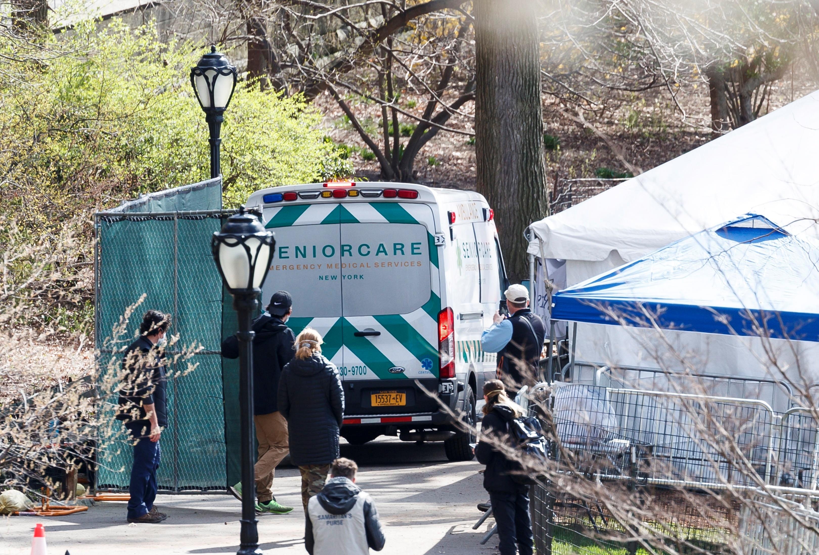 Nueva York necesita 65.000 camas hospitalarias más para finales de abril