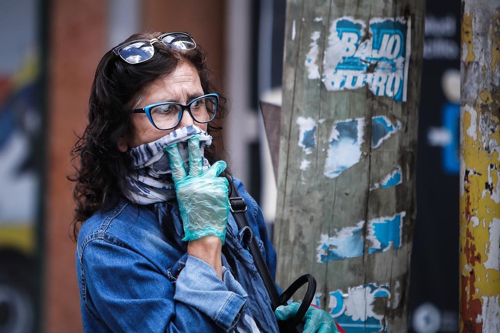 Argentina permite salir durante aislamiento a víctimas de violencia de género